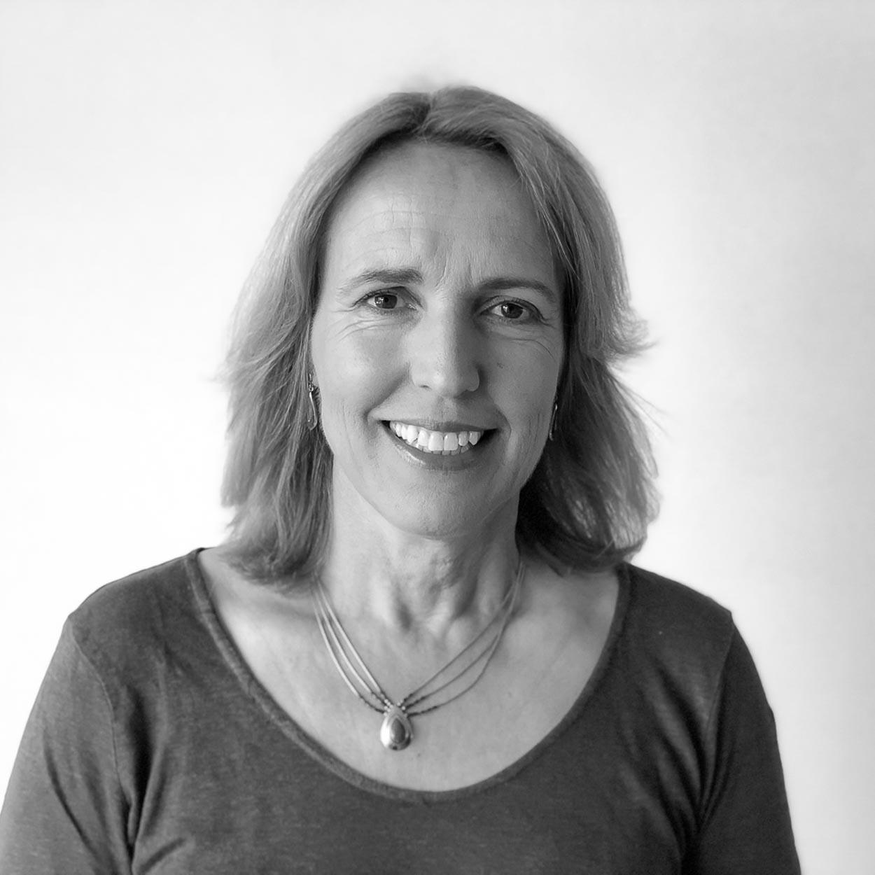Tineke Hooijmans